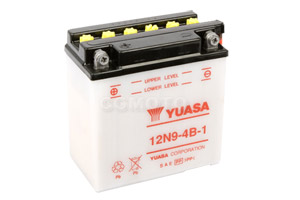 batterie 12N9-4B-1 L 137mm W 76mm H 140mm